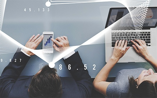 Technologia XML / API